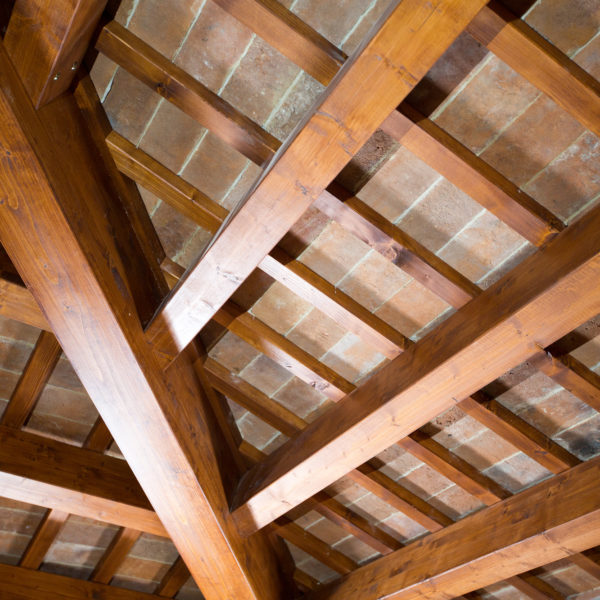 Veduta di scorcio del tetto