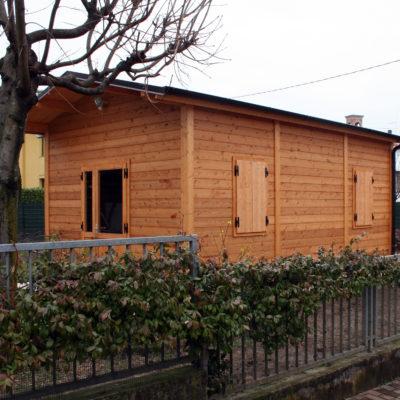 fabbricato in legno